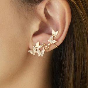 Butterfly rhinestone/ear cuff. 1 piece Gold